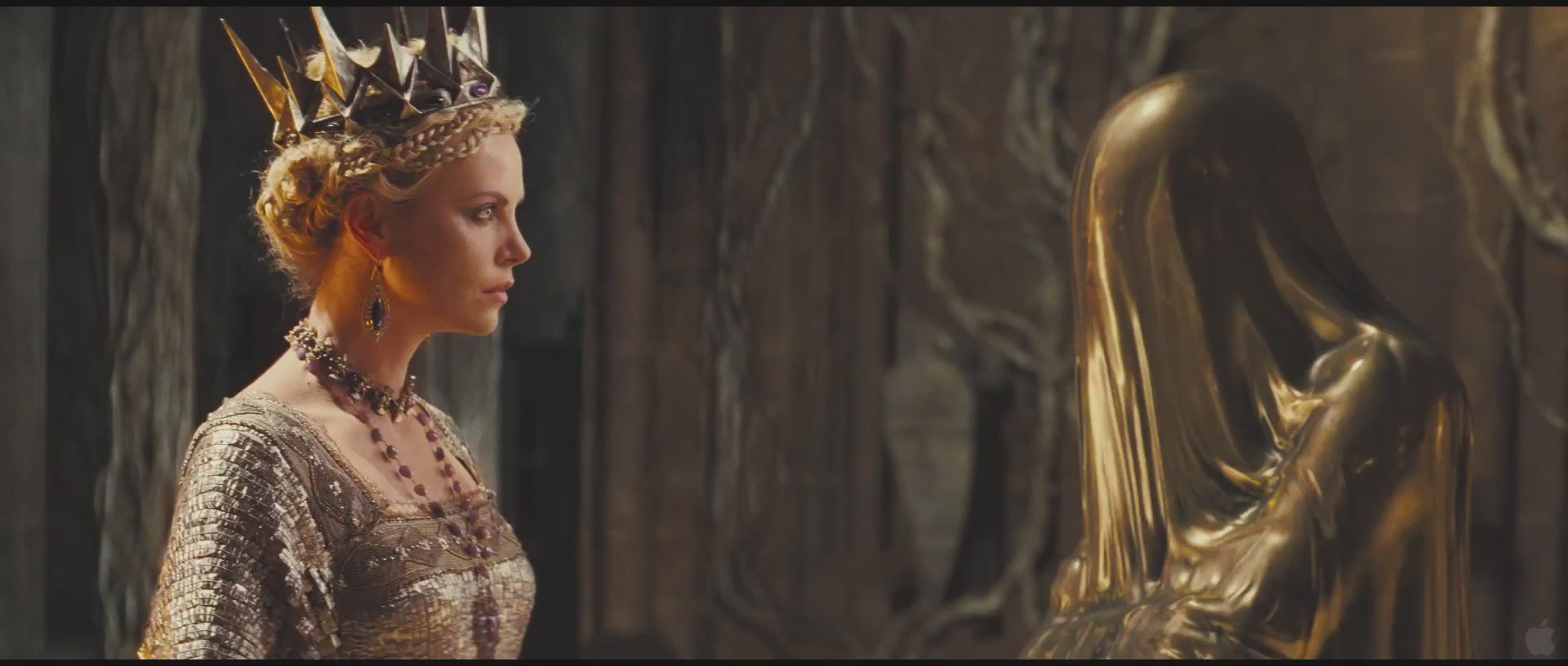 Snow-White-and-the-Huntsman-official-Trailer-1-HQ-charlize-theron-26721465-1920-816